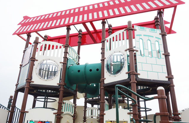 大里城址公園の大型遊具