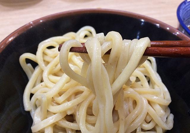 アクロスプラザ古島駅前店内の三竹寿の自家製麺