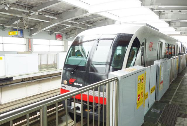 沖縄の「ゆいレール」一日フリー乗車券を使って那覇空港へ遊びに行ったよ!