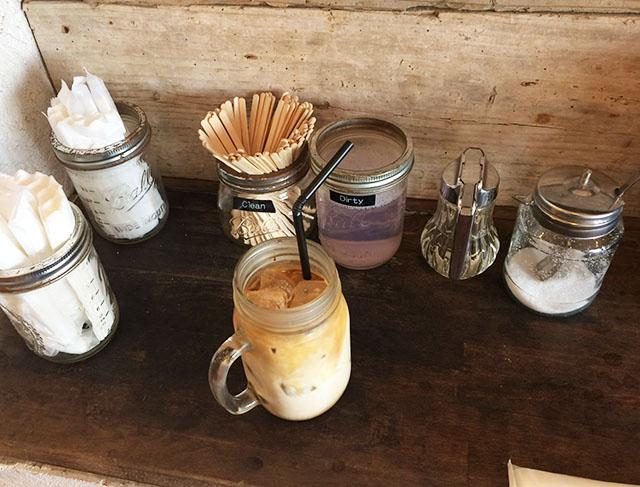 北谷ジバゴコーヒーのコーヒーと砂糖