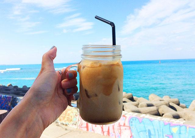 北谷ジバゴコーヒーと海