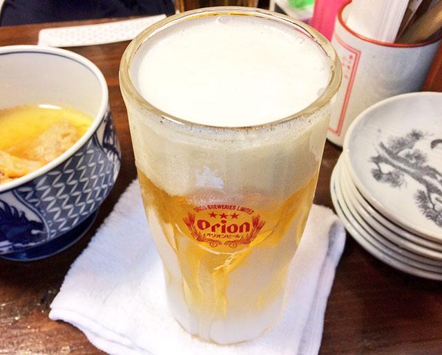 那覇松尾のパーラー小やじの生ビール