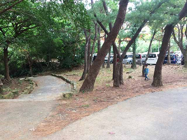 浦添大公園の新しい遊具の川遊び場