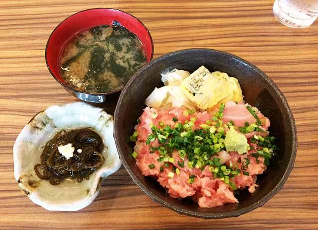 那覇「寿司 あげまき」久茂地店で海鮮ランチを食べてきた!ネギトロ丼があっさり美味しかった♪