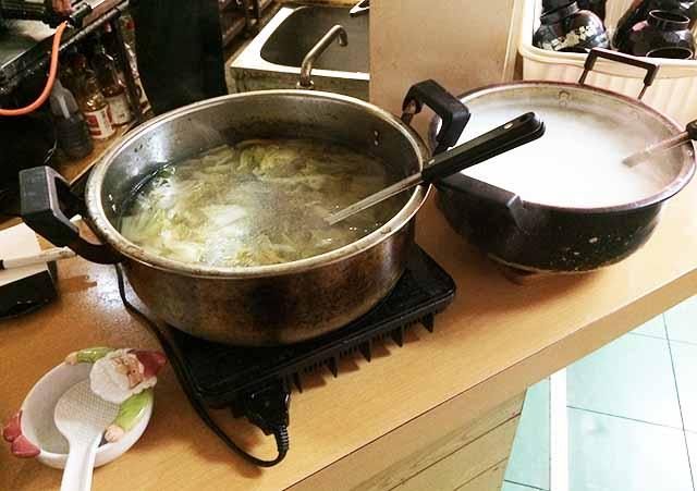 金壺食堂のスープとお粥