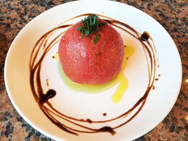 那覇・泉崎EL Patio(エル パティオ)の冷たいトマト