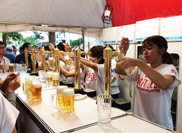 沖縄タイムスの『オリオンビアスクエア』に行ってオリオンドラフトビール300円を飲んできた!