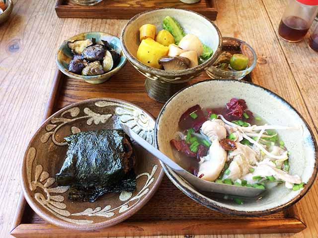 名護のベトナム・タイ料理屋『きっと屋キッチン』でこだわりのランチを食べてきた!