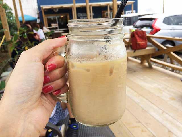 泡瀬のBB-Coffee(ビービーコーヒー)のカフェラテ
