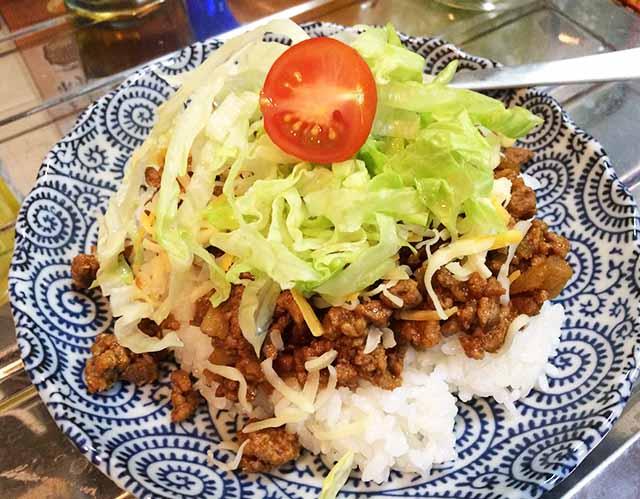 自家製沖縄タコライスのレシピ♪息子に世界一美味しいと大絶賛されたレシピをメモっておく。