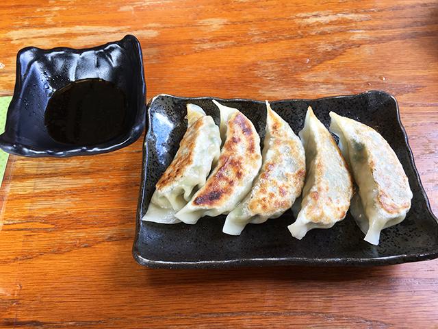 浦添東江そばの手作り餃子