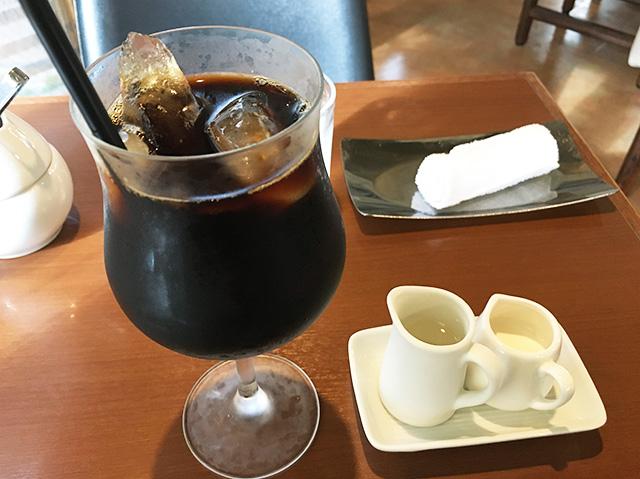 那覇・新都心 天久「珈琲屋ARAKI」でほっと一息。モーニングコーヒーとパンを食べてきた。