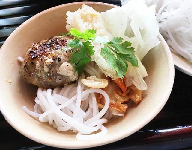 ベトナム料理ブンチャー